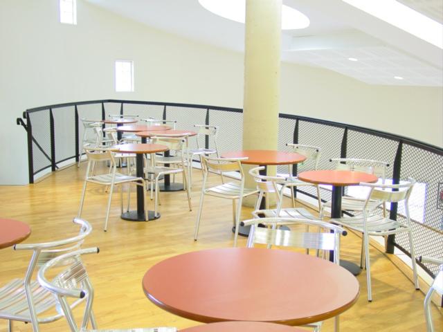 seloma amenagement rubrique caf t ria de la maison des etudiants poitiers 86. Black Bedroom Furniture Sets. Home Design Ideas